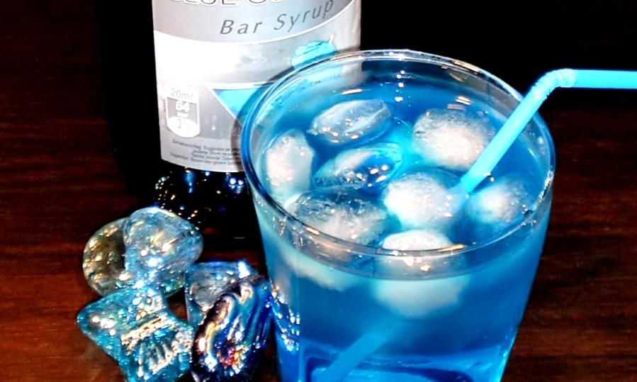 blue-shark1_Fotor.jpg